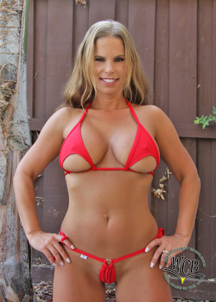 Home Bikinis Tops Colors Info Sizes Models Contributors: http://www.westcoastbikini.com/Contributors/Shelby_Katz/106_01.html