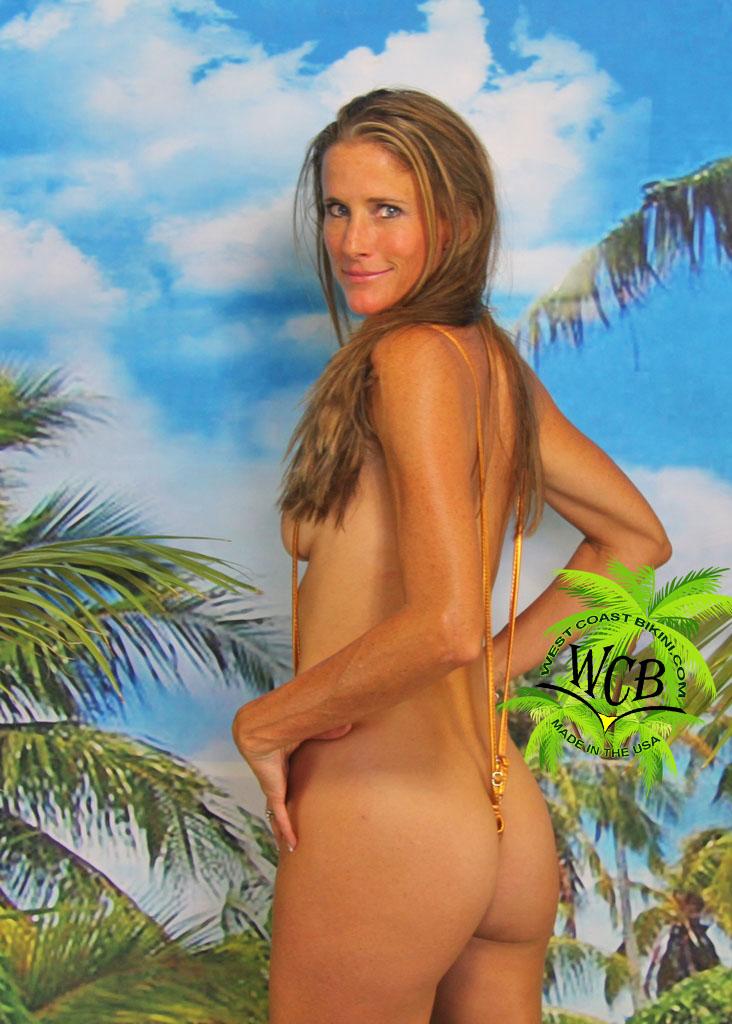 naked spanish girls ass